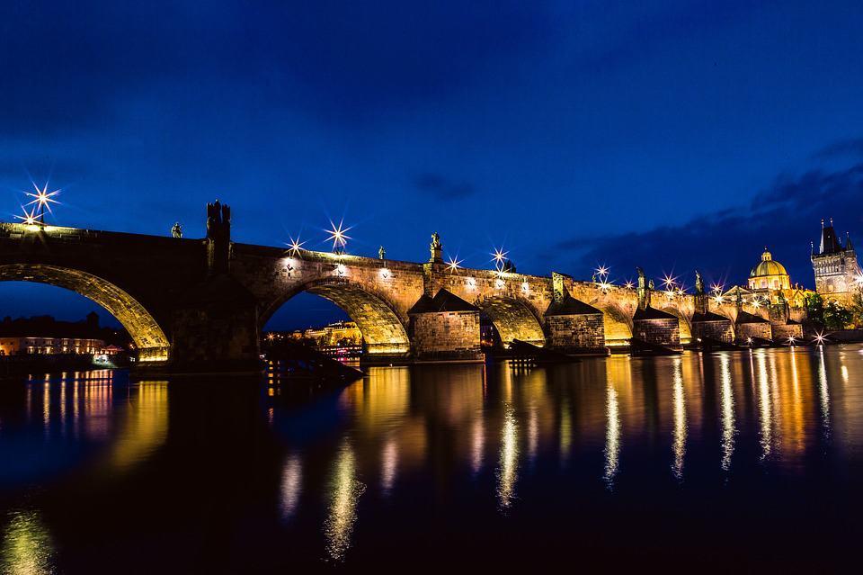 אטרקציות בפראג - גשר קארל